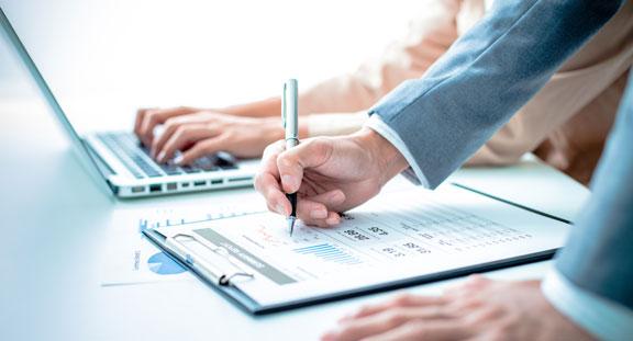 SEC-Stick: Mit den VPN-Lösungen Mobile Kanzlei können Sie von Ihrem Laptop oder Tablet auf die Programme im Büro zugreifen